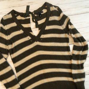 Banana Republic key hole striped knit sweater